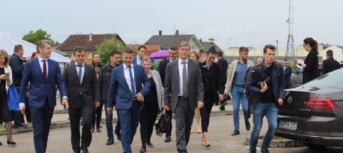 PREDSTAVNICI EUROPSKE UNIJE POSJETILI OPĆINU DOMALJEVAC-ŠAMAC